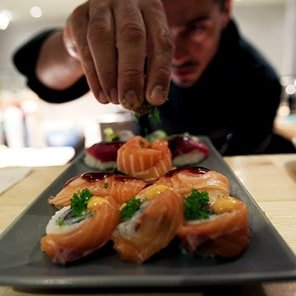 koi sushi bar franchise