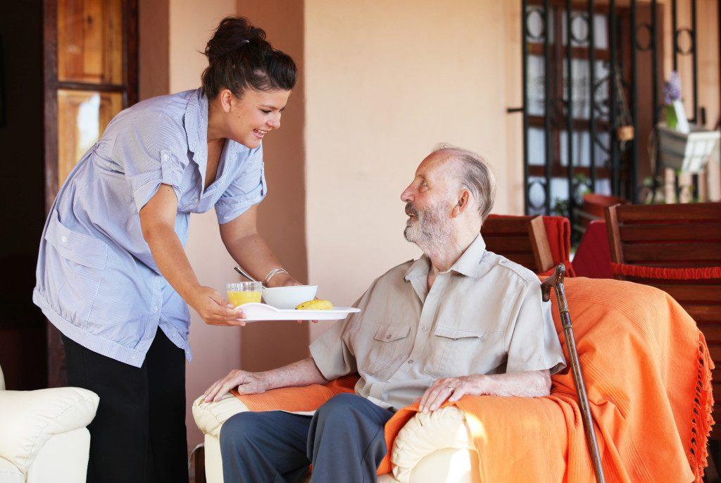 Το franchise της BIOAXIS Homecare παρέχει υψηλή ποιότητα, ασφάλεια και ανεξαρτησία