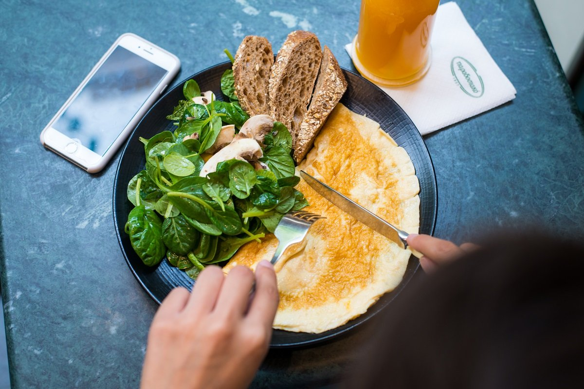 paradosiako-omeleta