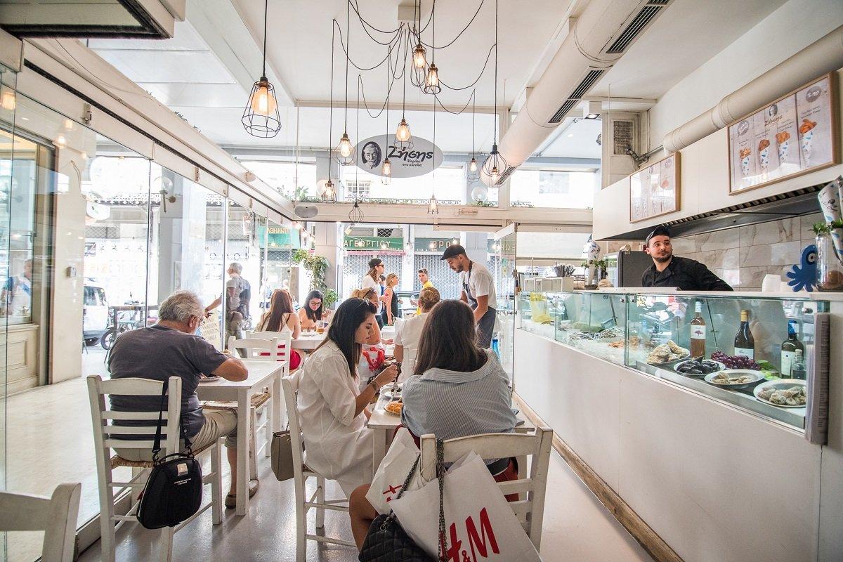 ζήσης ψαράκι στο χωνάκι street sea food