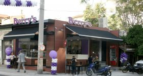 berry's-franchise-liosion-neo-all-day-coffee-and-snack-store