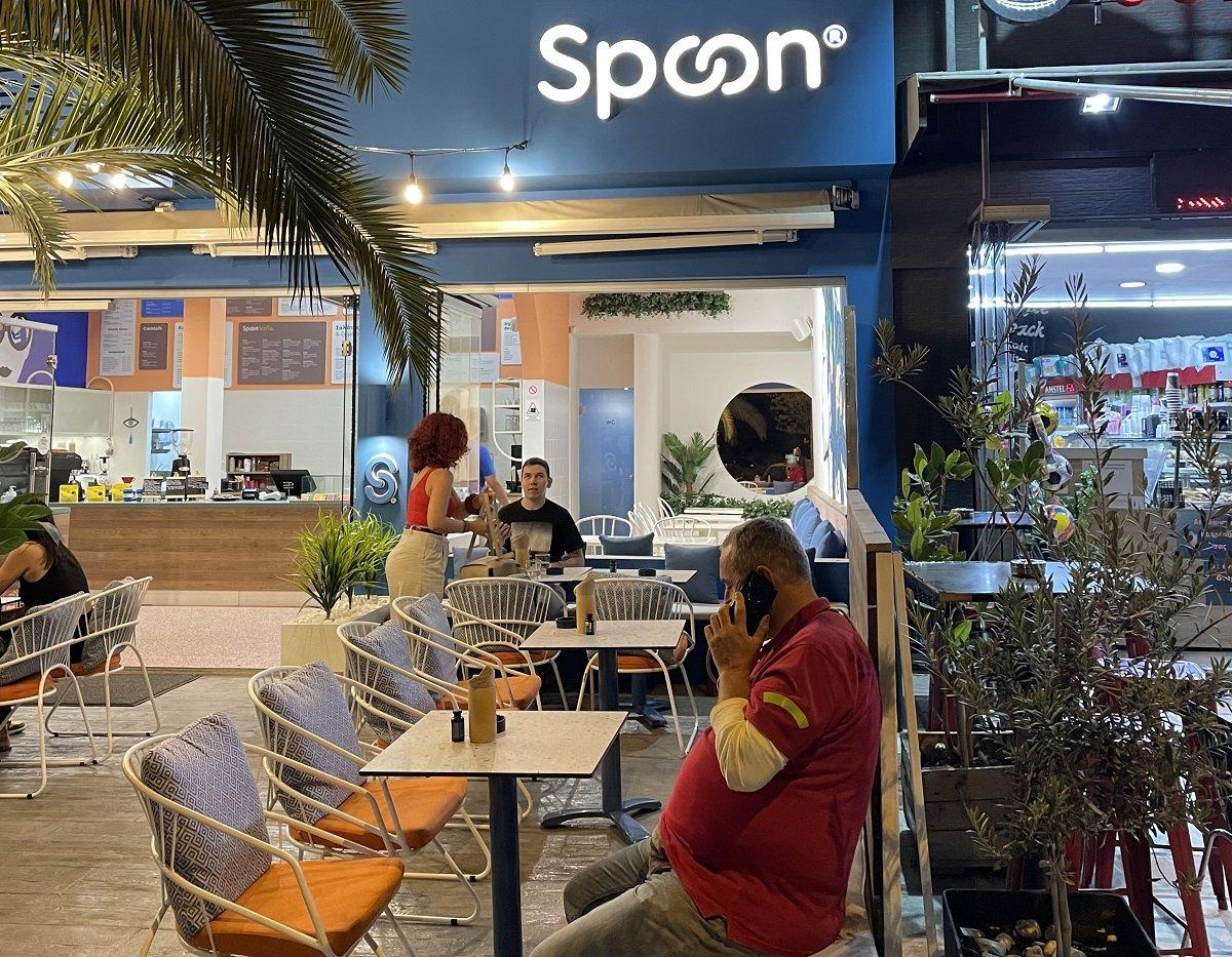 spoon-franchise-solonos1